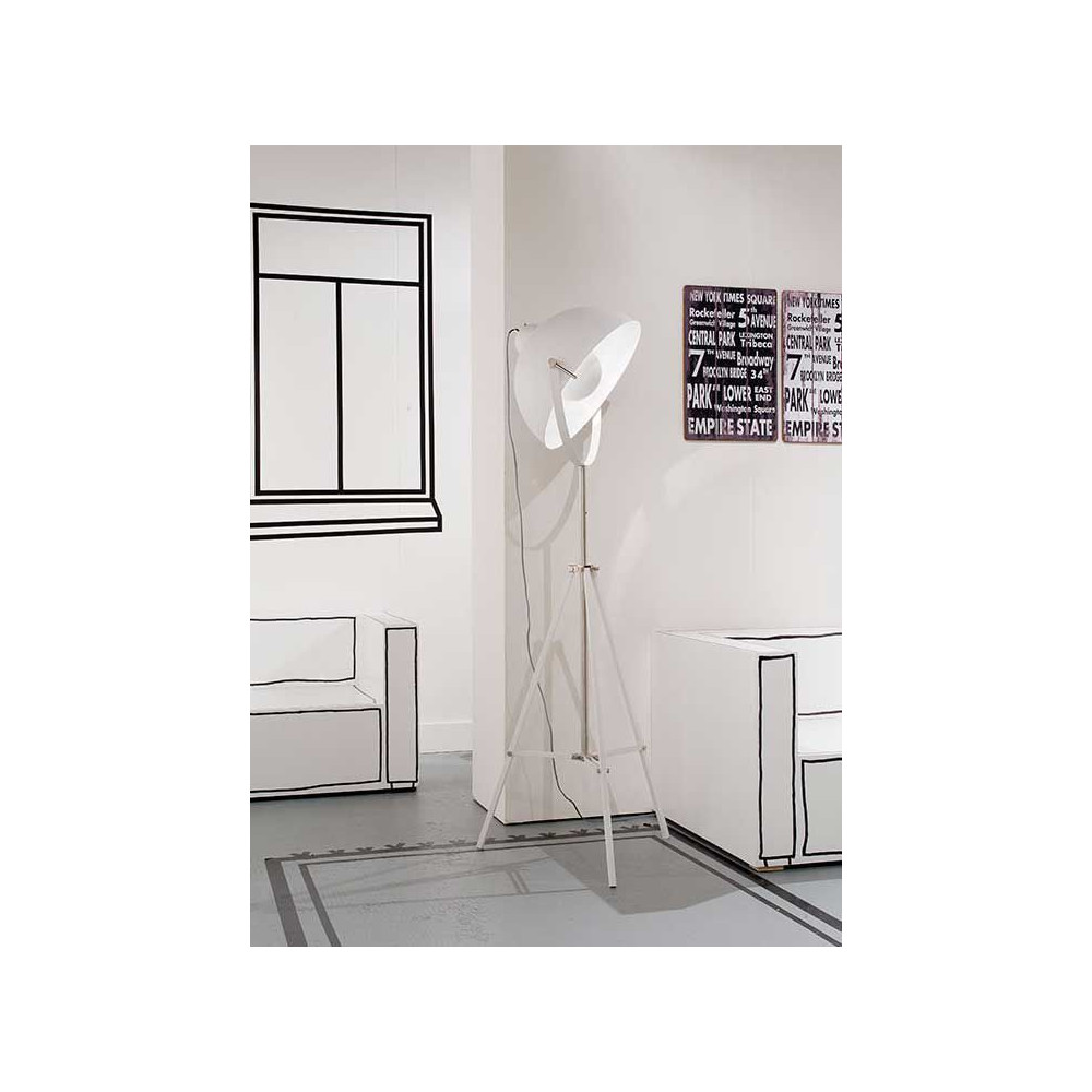lampadaire tr pied blanc projecteur de cin ma. Black Bedroom Furniture Sets. Home Design Ideas