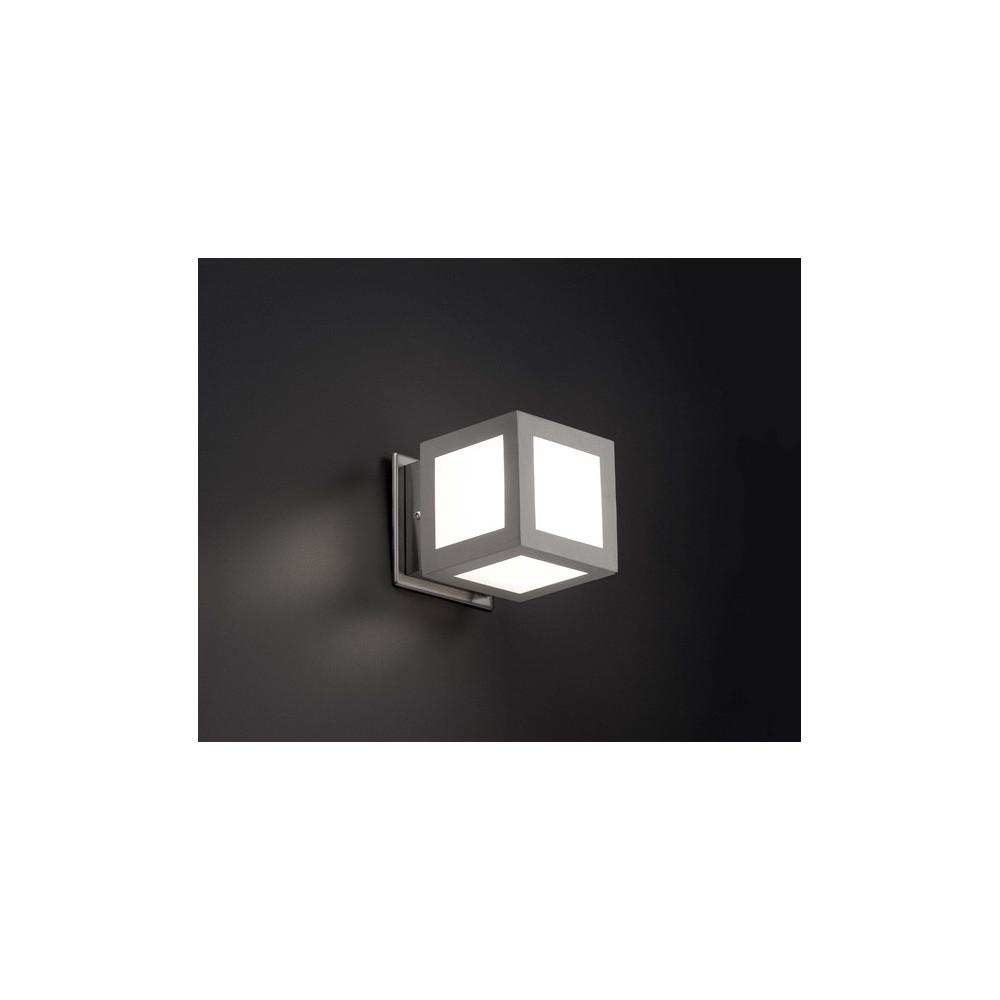 Applique ext rieur cubique nickel luminaire ext rieur faro for Luminaire exterieur cube