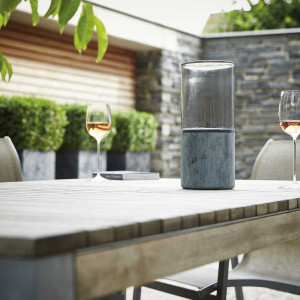 Lampe pour table de jardin