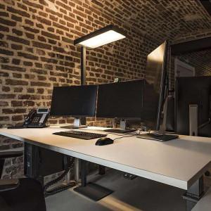 lampadaire de bureau LED puissant