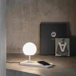 Lampe de table avec chargeur de téléphone sans fil