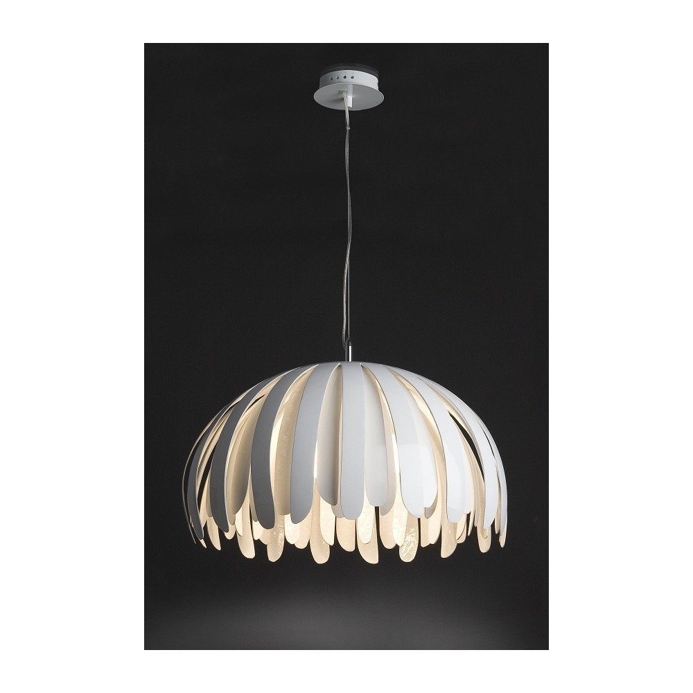 Grande suspension design lamelles blanches lampe avenue for Grande suspension luminaire