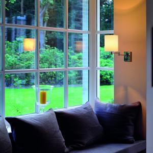 applique murale liseuse de salon ou lampe de chevet abat jour beige. Black Bedroom Furniture Sets. Home Design Ideas