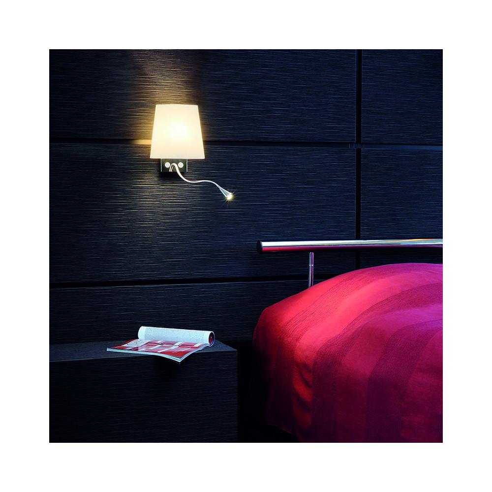 applique de chevet avec liseuse led et abat jour en verre. Black Bedroom Furniture Sets. Home Design Ideas