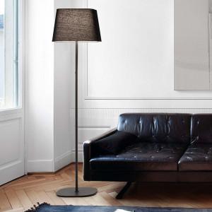 Lampadaire noir moderne