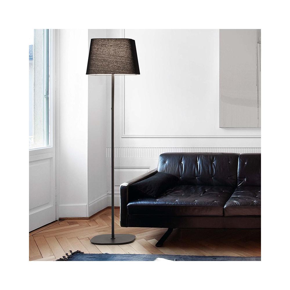 Lampadaire noir au design pur id al pour un int rieur moderne for Lampadaires modernes