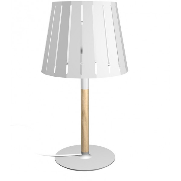 lampe de chevet en bois avec un abat jour en m tal blanc. Black Bedroom Furniture Sets. Home Design Ideas