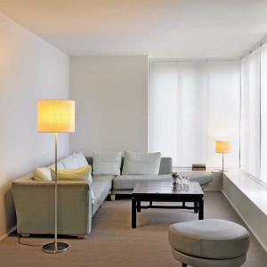 lampe de salon m tal bross et abat jour blanc lampe avenue. Black Bedroom Furniture Sets. Home Design Ideas