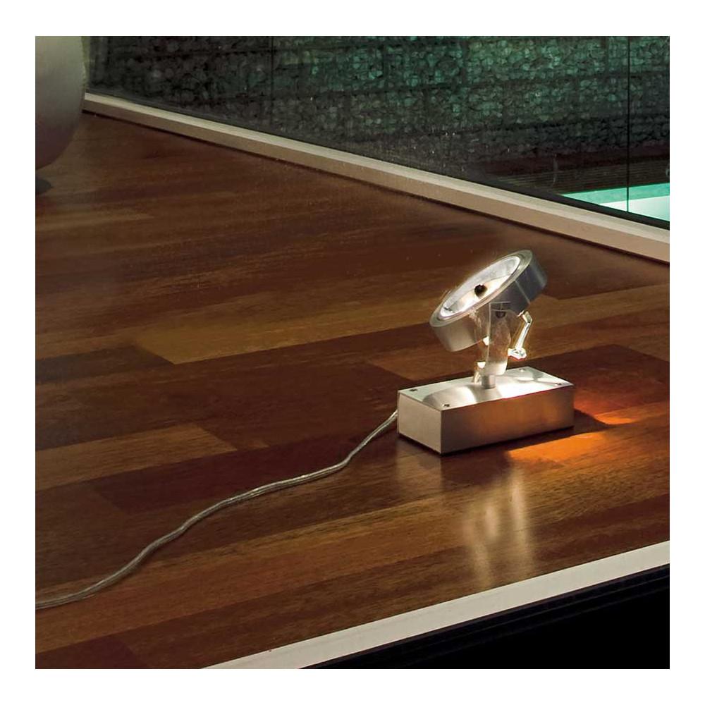 projecteur poser en aluminium id al pour l 39 clairage d 39 une vitrine. Black Bedroom Furniture Sets. Home Design Ideas