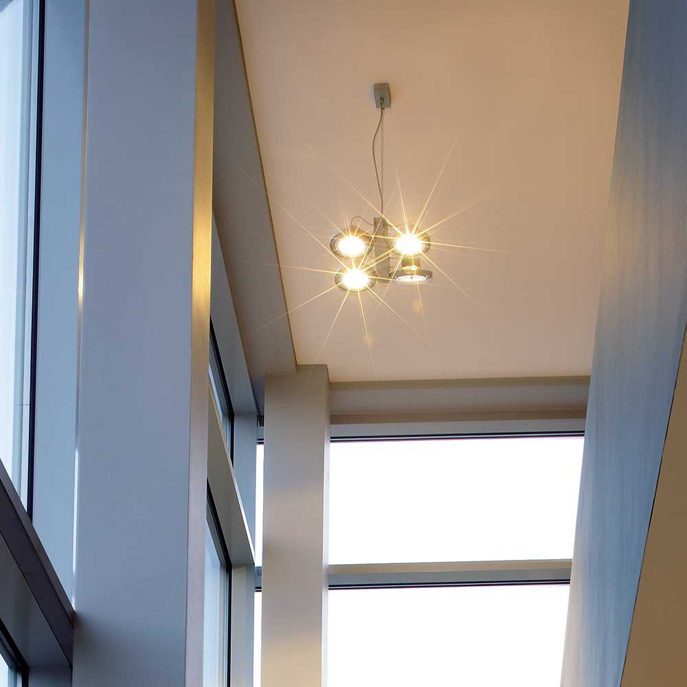 plafonnier magasin moderne quip de 4 spots orientables. Black Bedroom Furniture Sets. Home Design Ideas