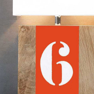 Applique en bois orange