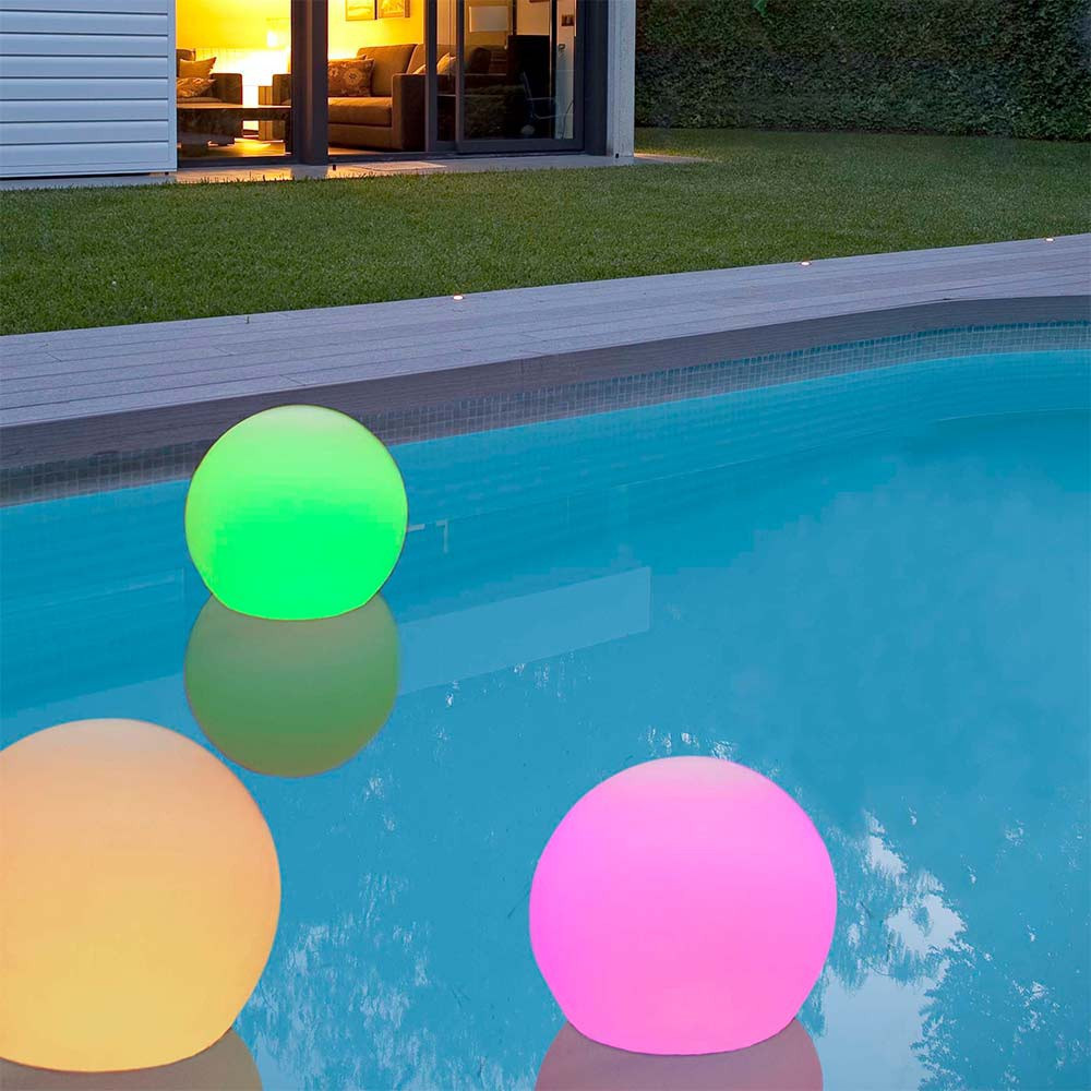 Lampe led piscine for Lampe piscine bois