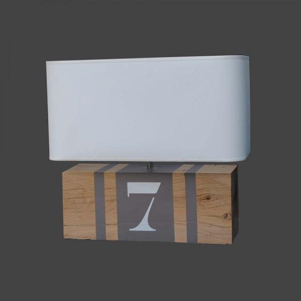 Lampe en bois taupe