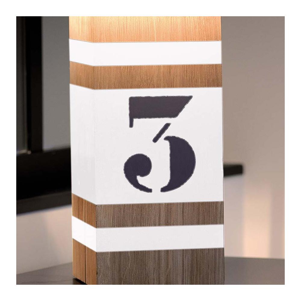 Lampe en bois l34 avec bandes blanches en vente sur lampe for Lampe exterieur blanche