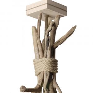 Suspension en bois flotté