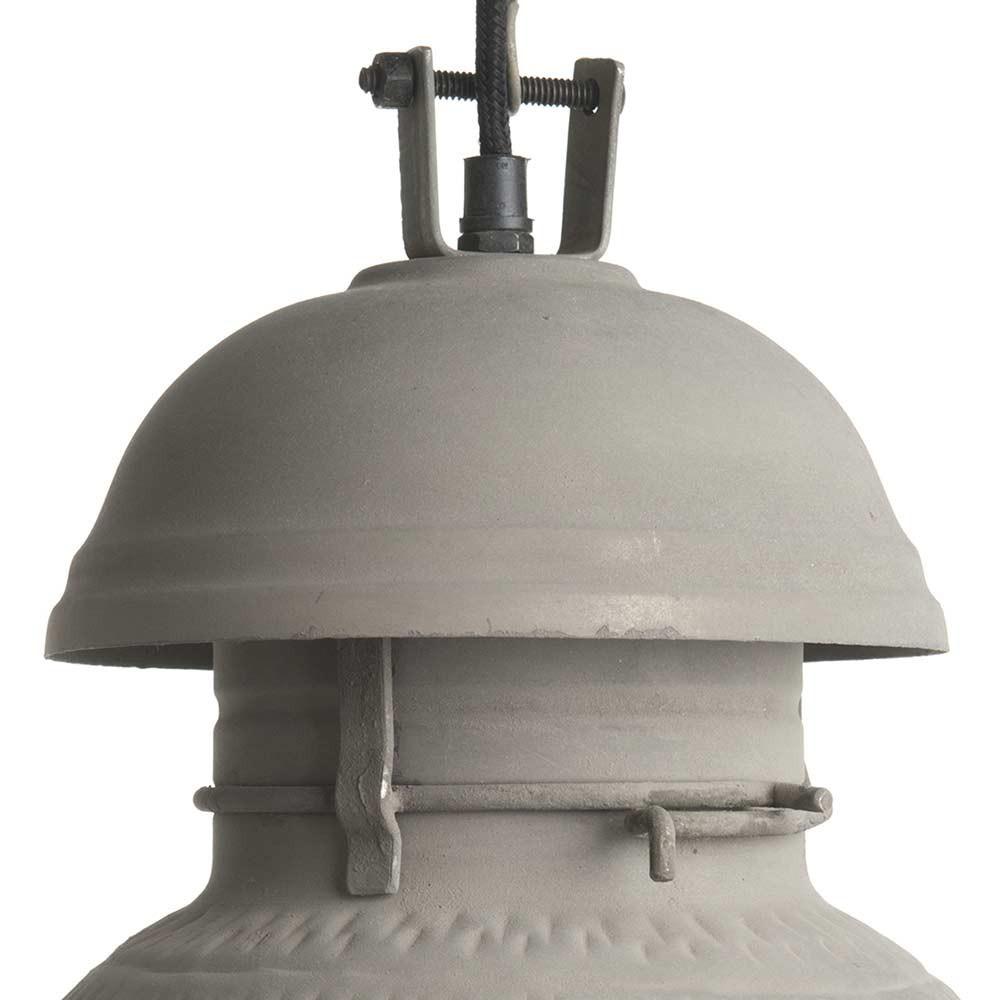 Suspension vintage b ton une lampe hk living en vente sur for Finition beton exterieur