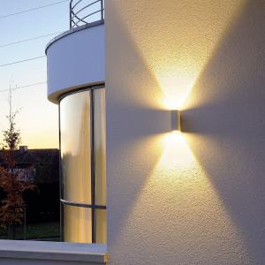 Applique LED moderne blanche en alu