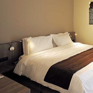 Applique liseuse led avec interrupteur id ale pour t te de for Lampe liseuse tete de lit