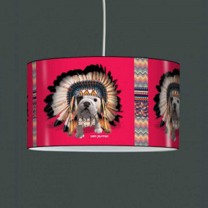 Suspension enfant chien indien