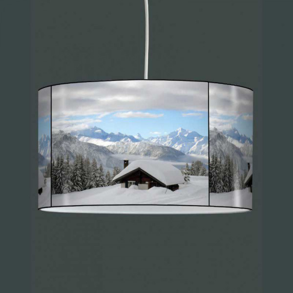 suspension luminaire chalet sous la neige. Black Bedroom Furniture Sets. Home Design Ideas