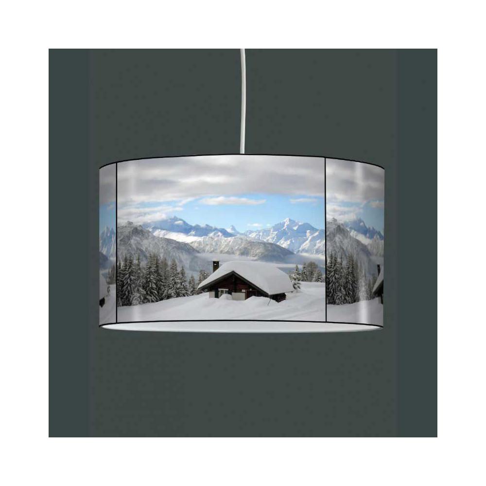 suspension luminaire chalet sous la neige. Black Bedroom Furniture Sets. Home Design Ideas