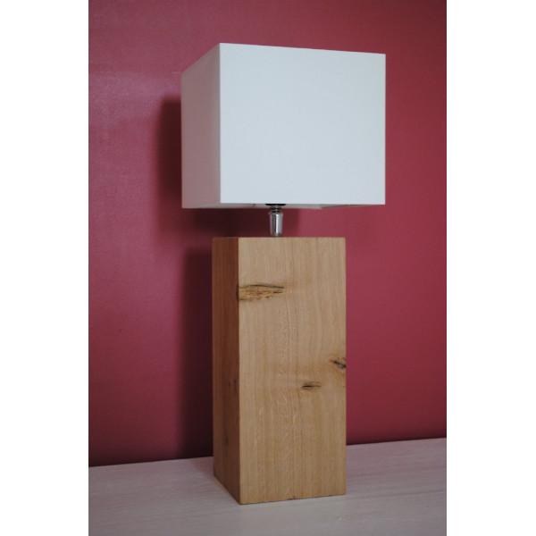 Petite lampe en bois, abat-jour blanc