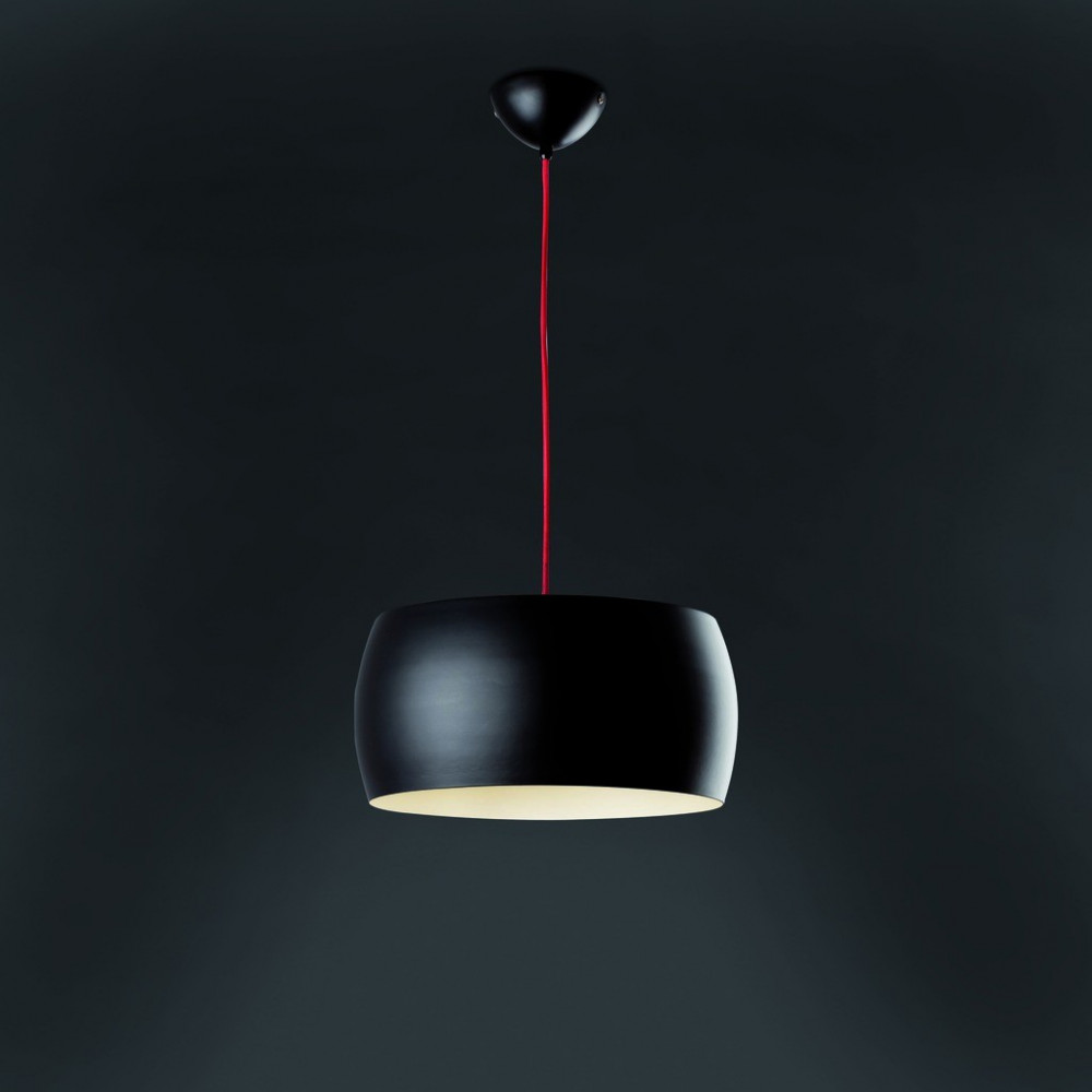 suspension noire faro luminaire noir sur lampe avenue. Black Bedroom Furniture Sets. Home Design Ideas