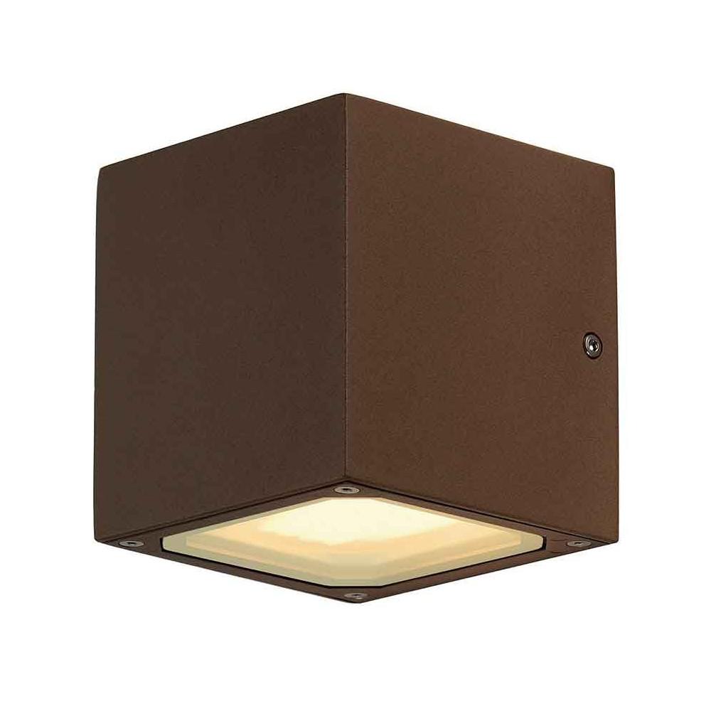 petite applique ext rieure cube alu rouille. Black Bedroom Furniture Sets. Home Design Ideas